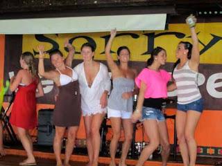 Spring Break College Girls Dancing at Senior Frogs - Bahamas