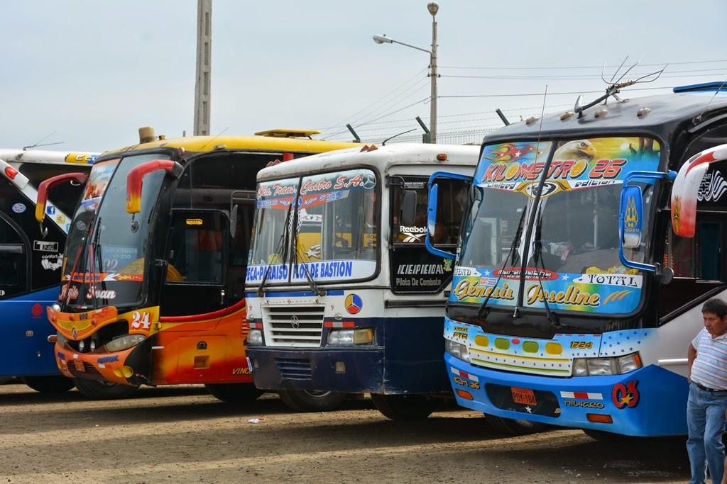 El Murciélago Beach Manta bus