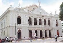 Teatro de la ciudad de Santa Ana