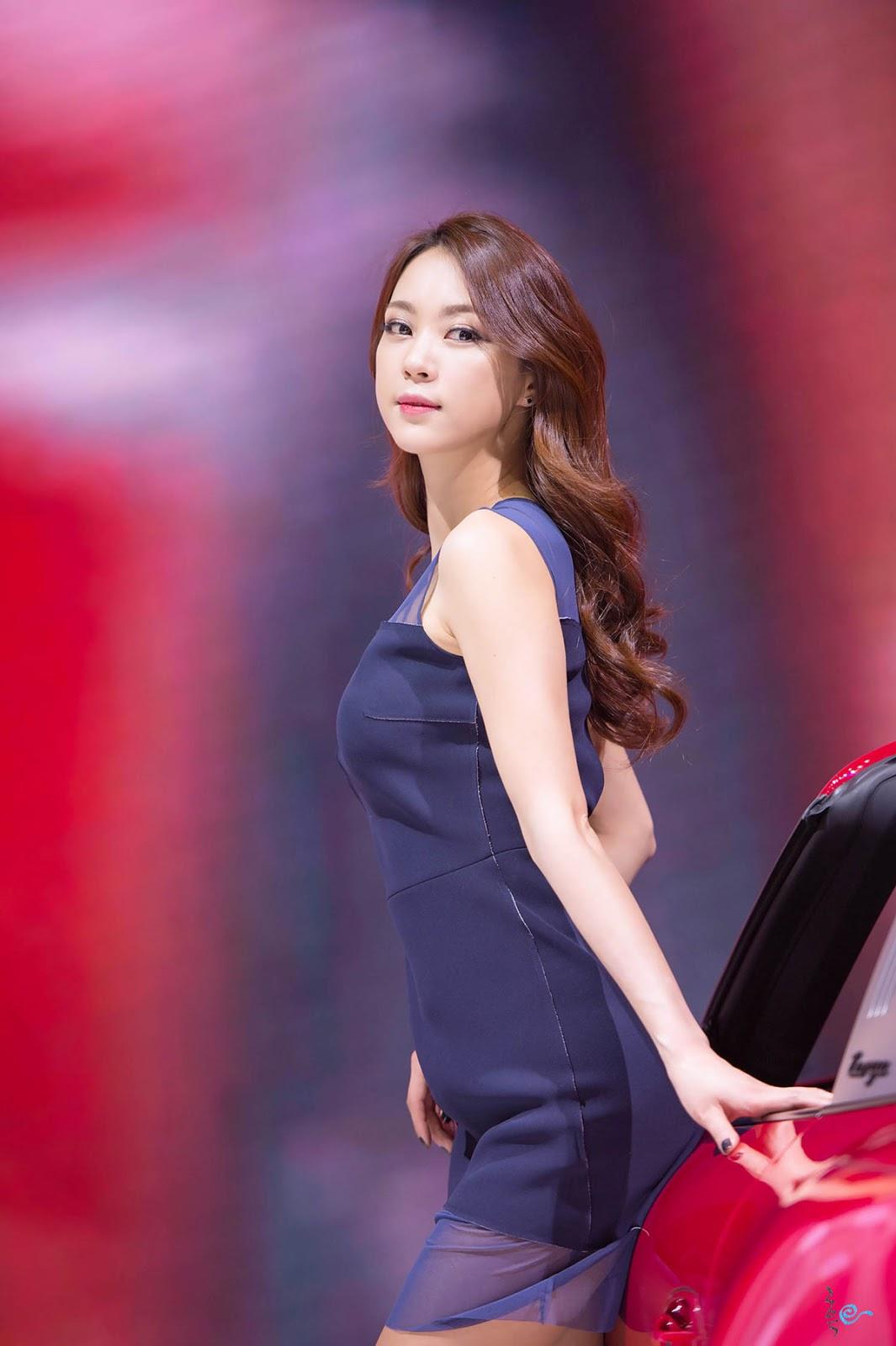 Ju Da Ha in Seoul Motor Show