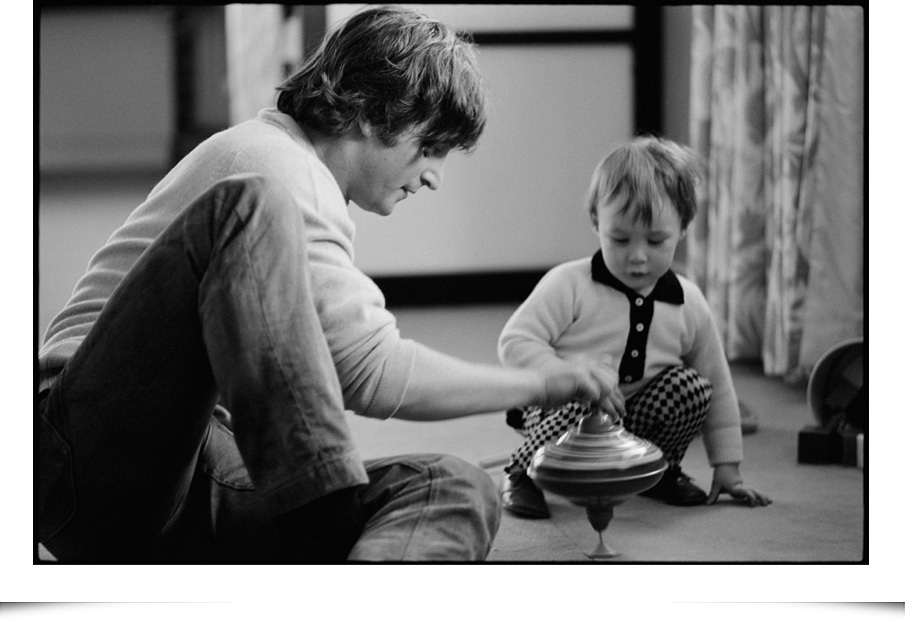 John Lennon And Julian