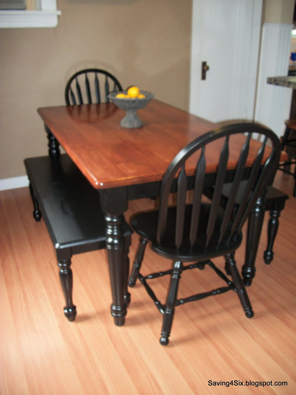Refinishing the dining room table - Refinishing a kitchen table ...