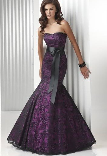 A wedding addict amazing gorgeous purple wedding dresses white wedding dresses are still the first choice for brides but if you want a unique wedding purple wedding dresses are better choice as they are amazing junglespirit Image collections