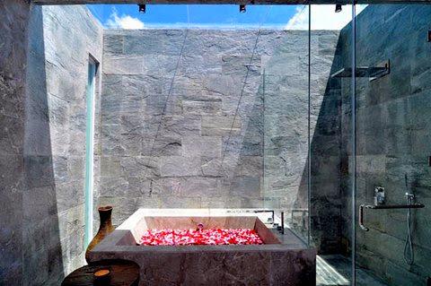 decoracion-de-patios-ducha-exterior