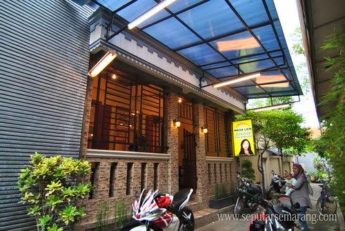 Foto Outlet Lumpia Mbak Lien Semarang