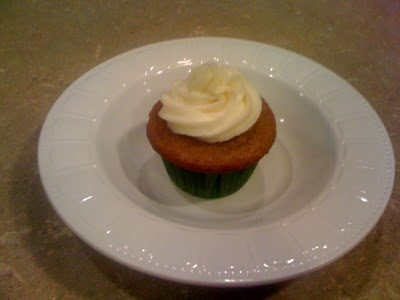 ... : Cheesecake Filled Carrot Cake Cupcakes with Cream Cheese Frosting