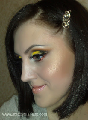 Yellow makeup look