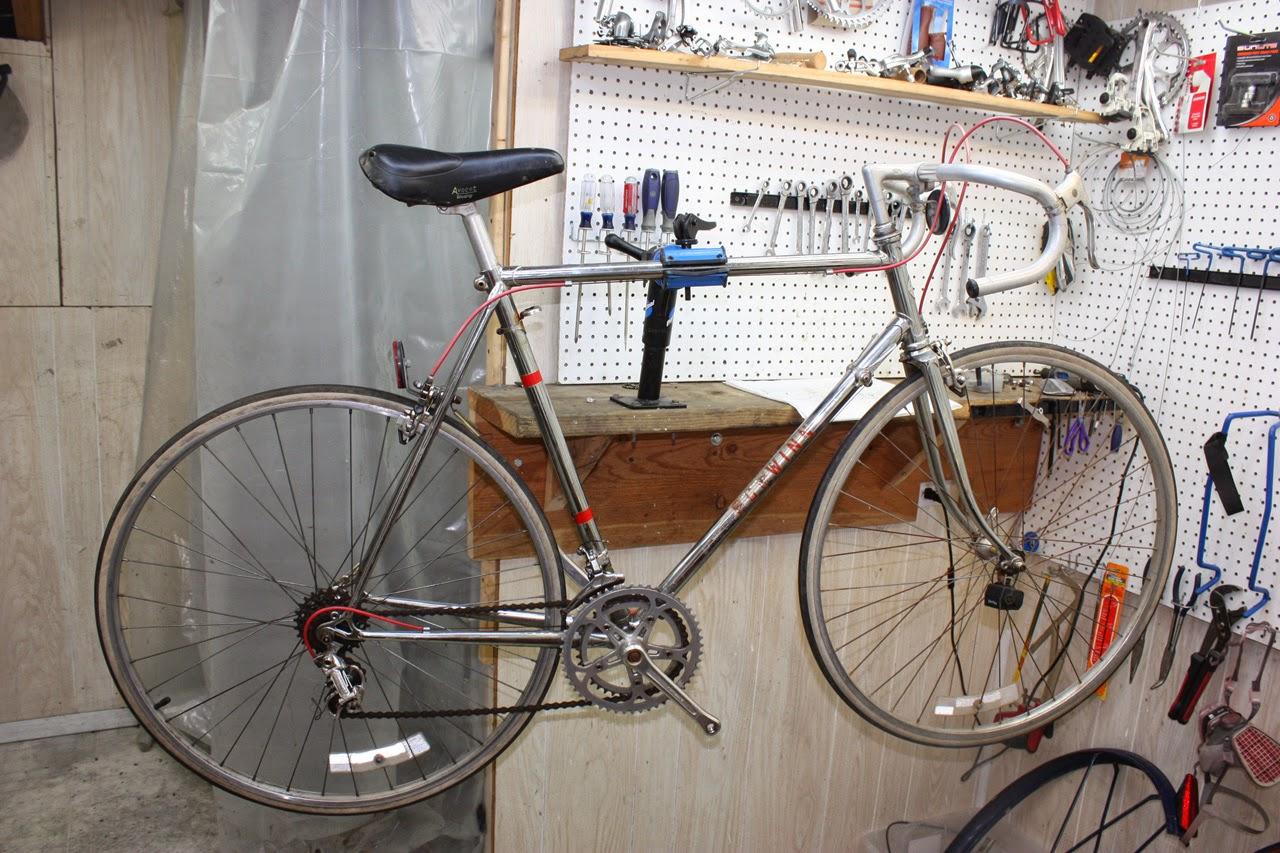 cc43df3a921 John's Bicycle Restorations: Ben S's Schwinn Voyageur 11.8 Chrome ...