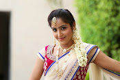 Actress Sony looking Gorgeous in Saree-thumbnail-1