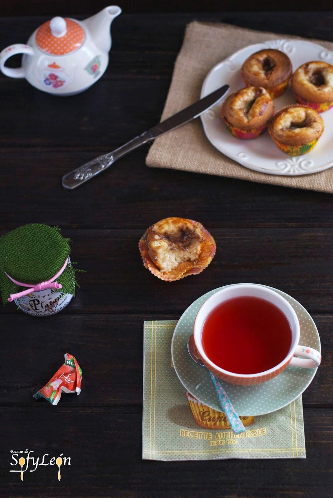 Receta de magdalenas rellenas de mermelada.