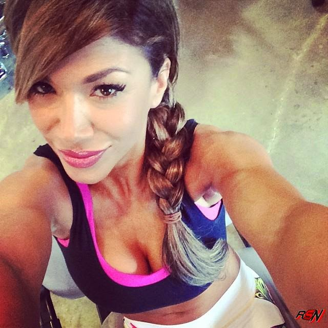 Rosa Mendes Ready to Hit the Gym.