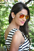 sonal chauhan latest glam pics-thumbnail-3