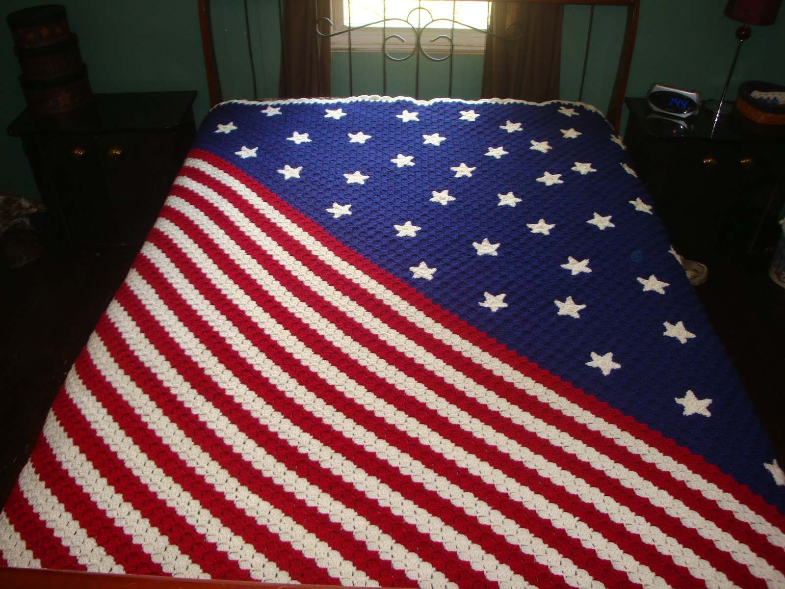Sarah\'s Bits and Pieces Crochet: Stars and Stripes Corner to Corner ...