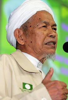 Tuan Guru Nik Aziz