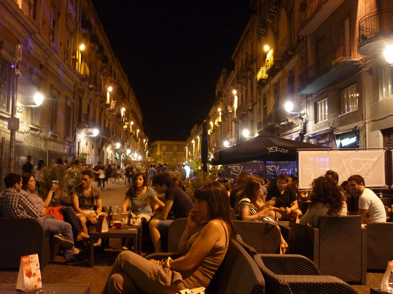 catania nightlife living in sicily vardag p sicilien