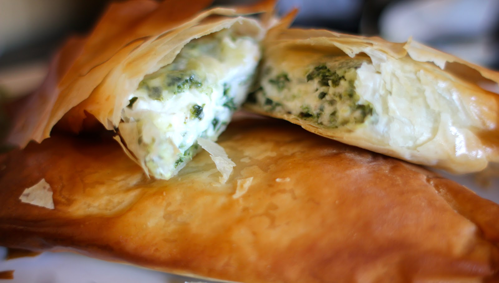 mamacook: Spanakopita (spinach and feta pies) for the ...