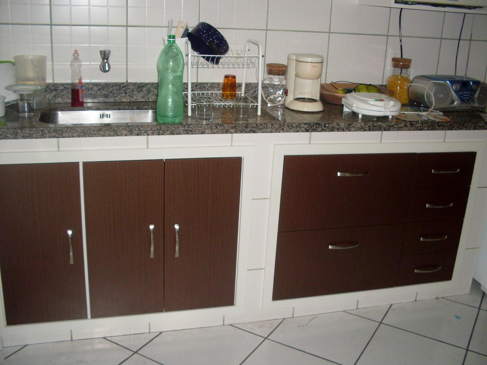 Armario De Cozinha Sob Medida Rj : Arm?rio de cozinha marrom moys?s m?veis em