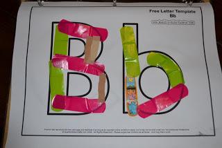 http://123mytoddlerandme.blogspot.com/2011/12/textile-alphabet-binder.html