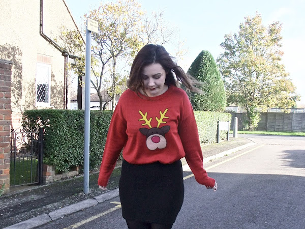My Favourite Christmas Jumper | Blogmas #4