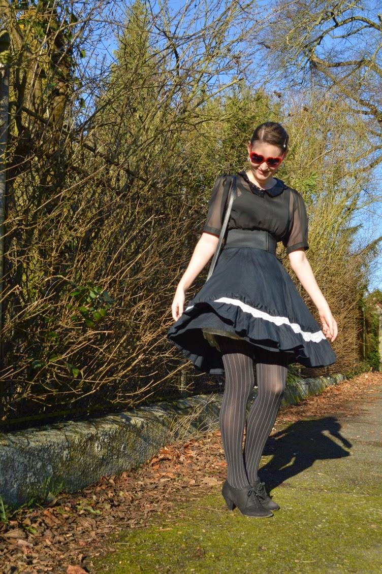 outfit, ootd, gothic lolita, black, dress, lace, chifon, blouse, purse, C&A, Calzedonia, Deichmann