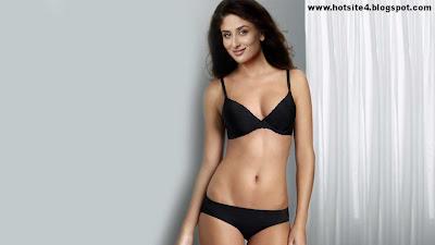 Kareena Kapoor Hot Bollywood Actress - Latest HD Wallpapers