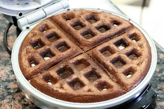 baked-waffle-in-iron