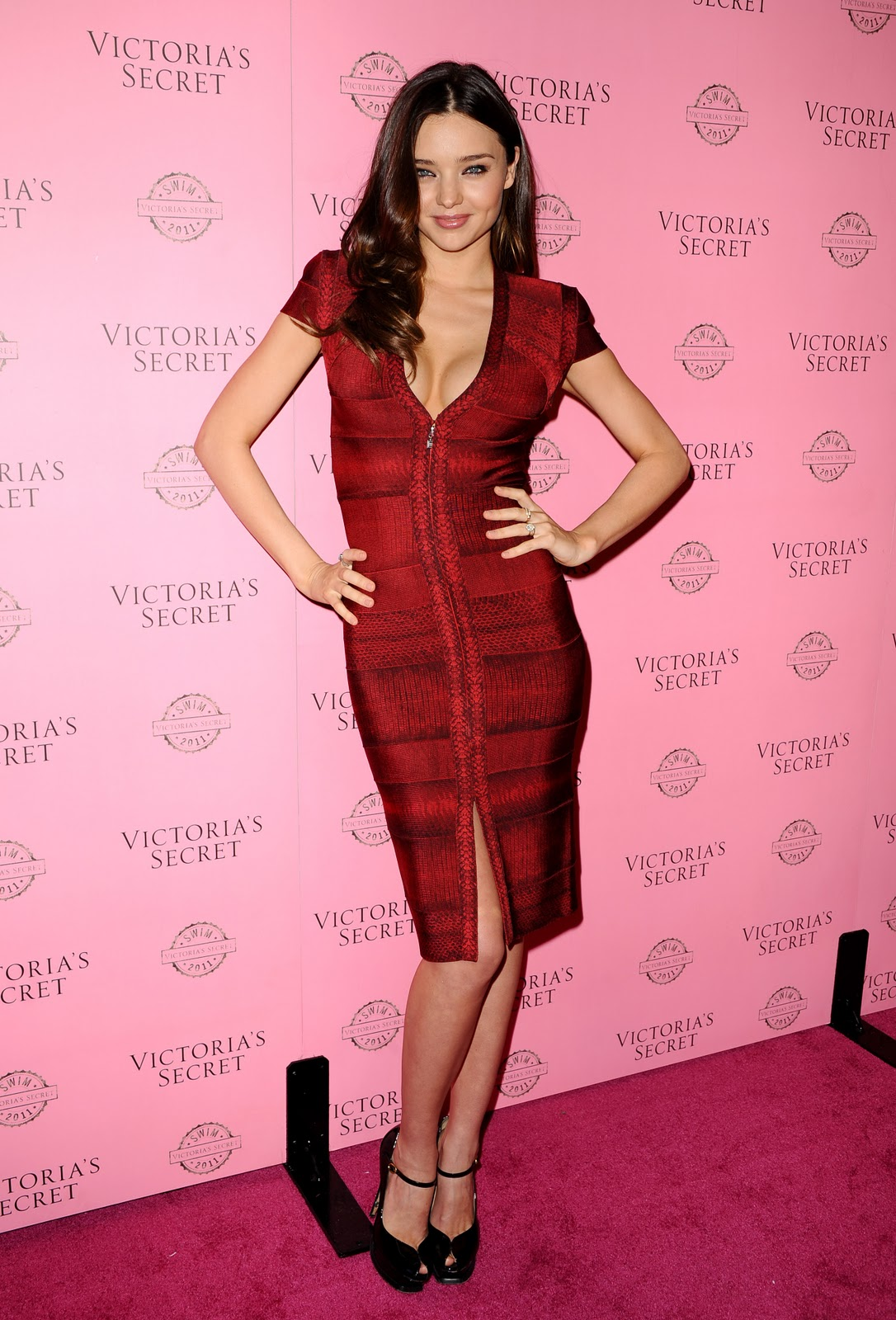 http://2.bp.blogspot.com/-GI7TgFPTOi4/TZTtIGx2F5I/AAAAAAAACNo/OIE4iYbHvvc/s1600/58629_Miranda_Kerr_Victorias_Secret_2011_SWIM_Collection_Launch_J0001_013_122_393lo.jpg