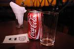 Sombra e Coca fresca.