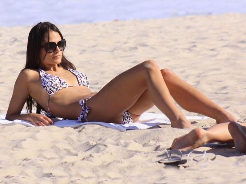 jordana brewster bikini