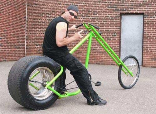 http://2.bp.blogspot.com/-GIeLnZB9Erc/TiYb4eHE1cI/AAAAAAAAG4Q/xWBwFEir7rg/s1600/Funny+Bikes+%2528bike-bikes-wallpaper.blogspot.com%2529+%2528134%2529.jpg