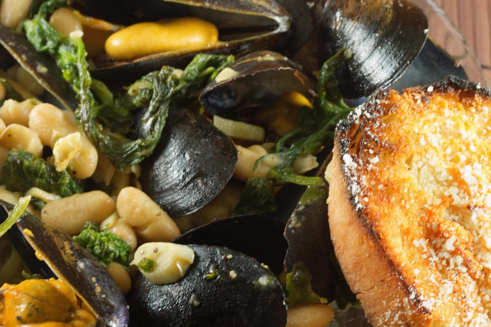 now have a new go to mussel recipe, and I hope you enjoy it as much ...