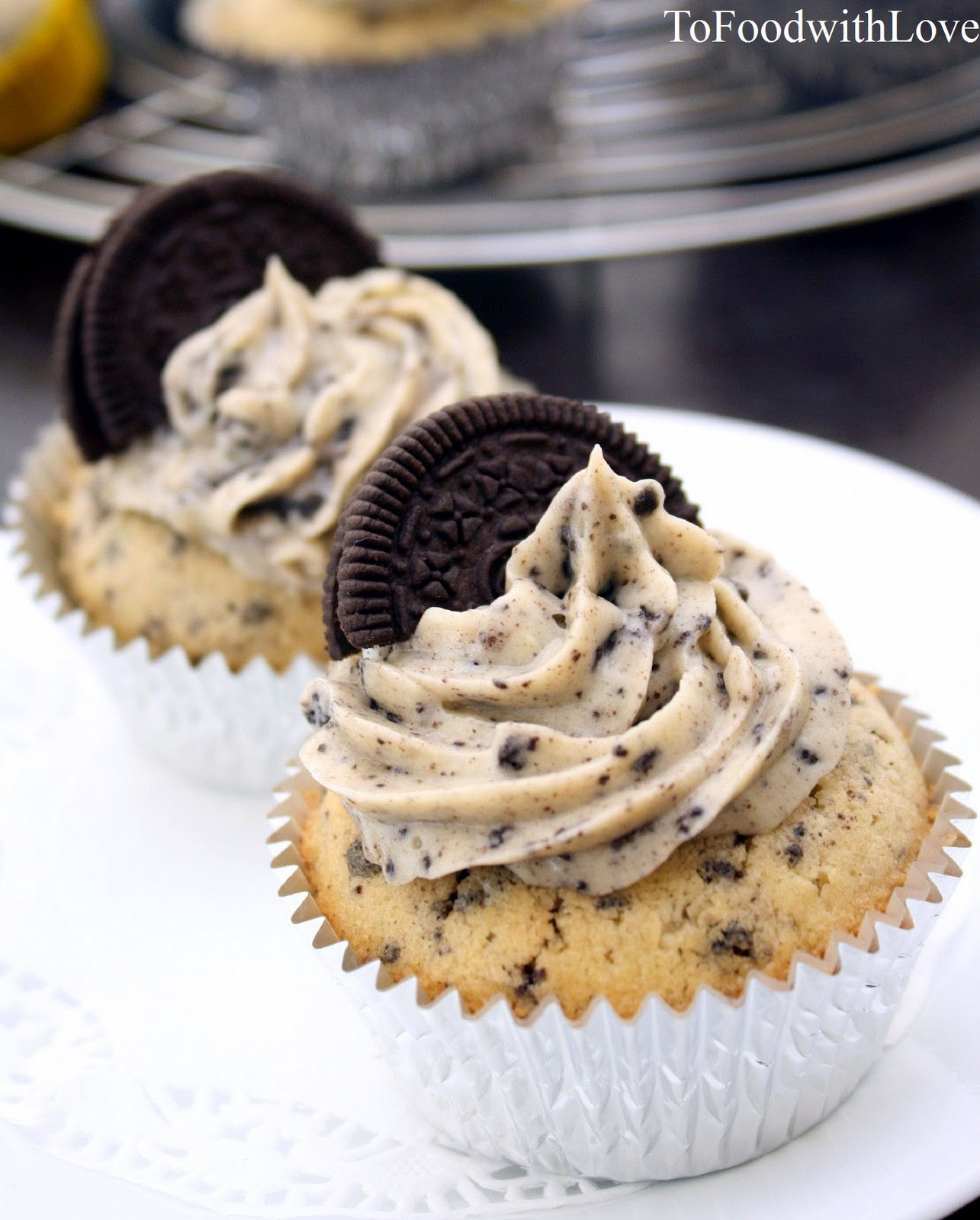 To Food with Love: Cookies 'n Cream Cupcakes with Oreo ...