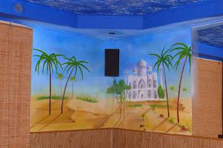 Aranżacja ściany, malowanie obrazu na ścianie w tureckiej kebabowni, Jak zaarnżować bar? Warszawa