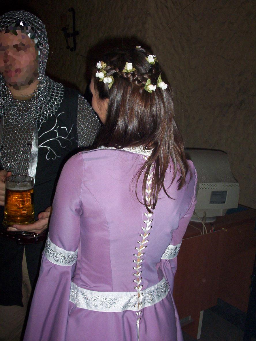 Silvania: Dama Medieval Morado.