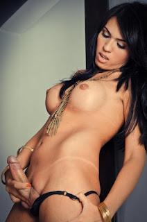 Naked brunnette - rs-tumblr_obqgrdf8jp1u7h1dfo1_500-748898.jpg
