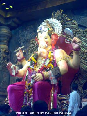 Lalbaugcha Raja in Dark Pink Dhoti 2011