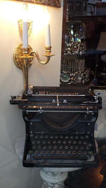 Underwood Typewriter II 1930s Restored 2012 Front
