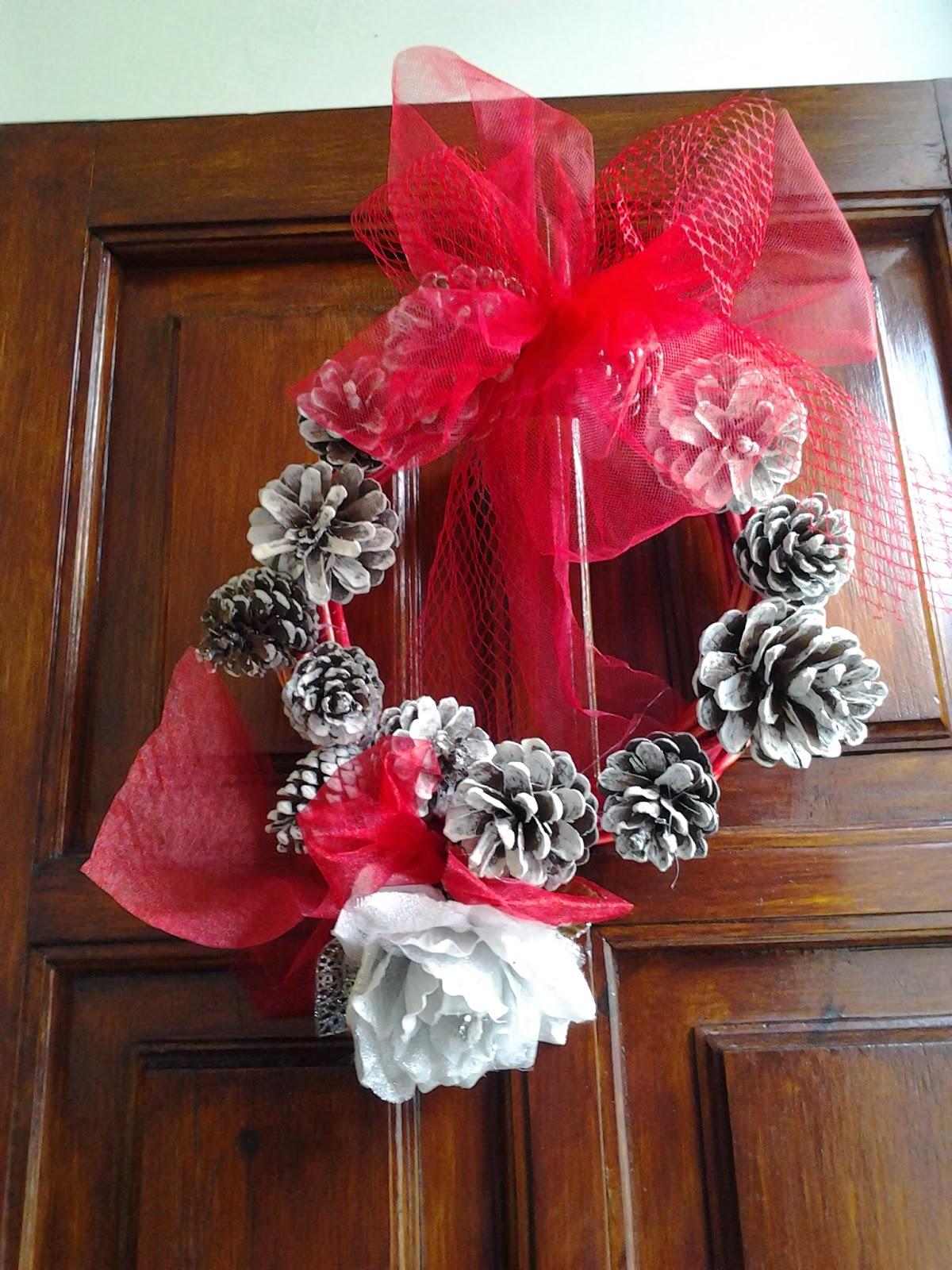 Creazioni shabby e cucito creativo ghirlanda natalizia - Decorazioni natalizie pigne ...