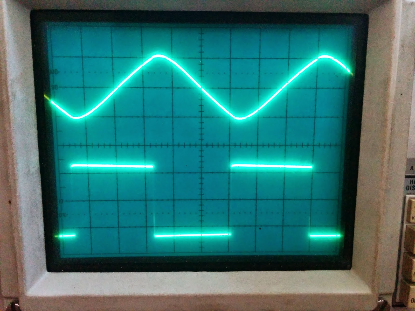 Moosteria Beyond The Noodlescope 555 Triangle Waveform Generator Circuit You Can See Square Wave Is Pretty Clean As Youd Expect A And Filter Network To Remove Harmonics
