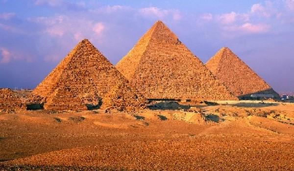 Las pirámides de Giza (Egipto)