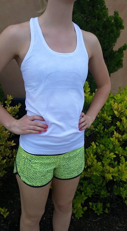 lululemon-clarity-dottie-dash-speed-shorts