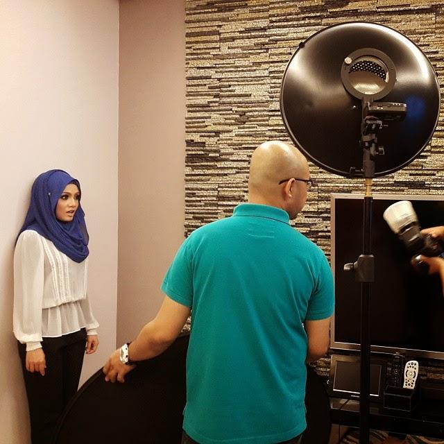 Just Nieyl Shawl Hijab Photoshoot