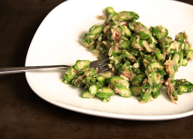 Raw Asparagus Salad with Red Onion and Pecorino