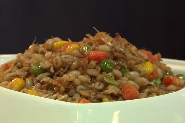 Fried Five Spice Barley Rice with Chicken Recipe