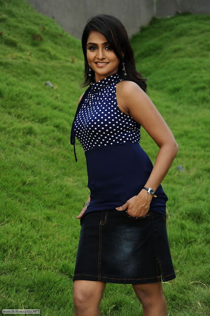 tashu_kaushik_hot_photos-007