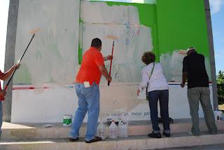Oficialistas cogen cuerda porque ciudadanos pintaron monumento como manda la ley