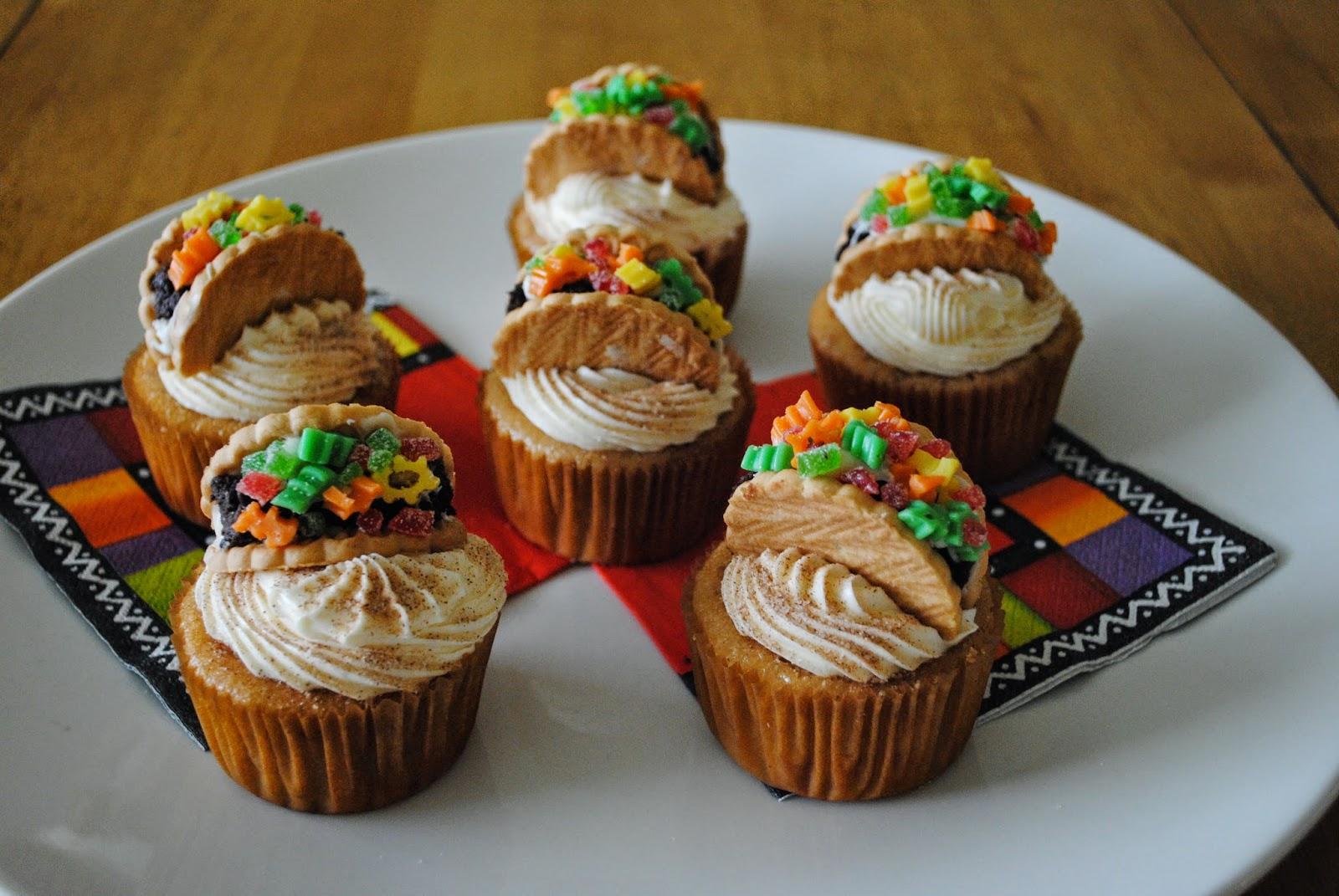 Juli Jacklin's Cupcakes: Cookie Taco Cupcakes