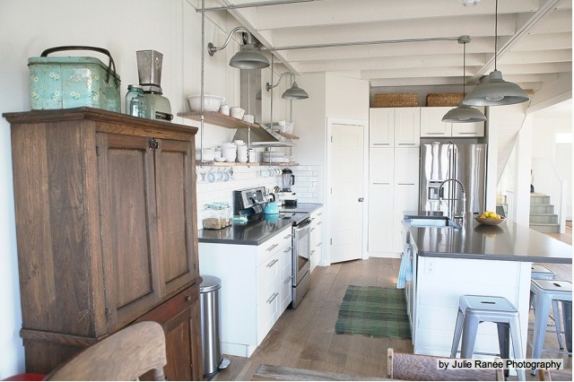 Dcor de Provence Industrial Farmhouse Kitchen