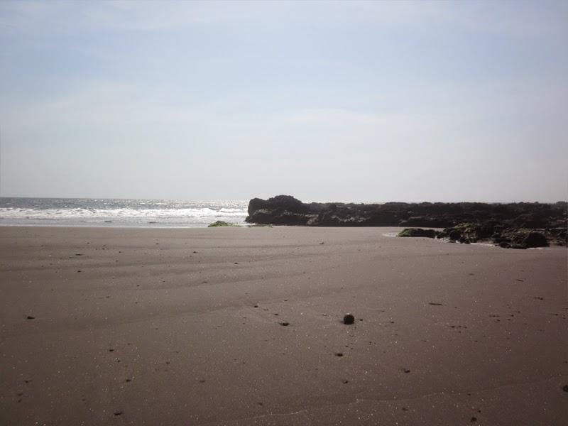 Tempat Wisata Pantai Soka