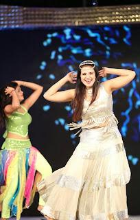 Saloni Aswani Sizzling Dance performance in White Ghagra Choli HQ Pics